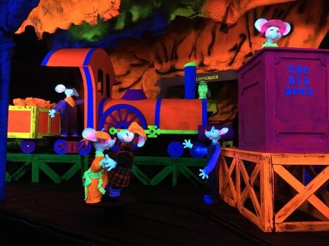 mouse-mine-train
